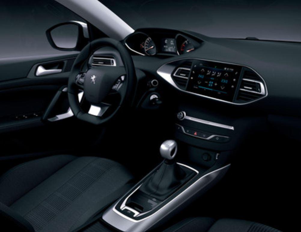 diseño interior peugeot 308